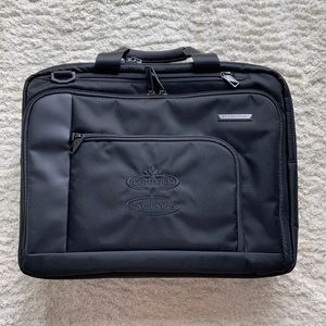 Briggs & Riley verb business case collection new